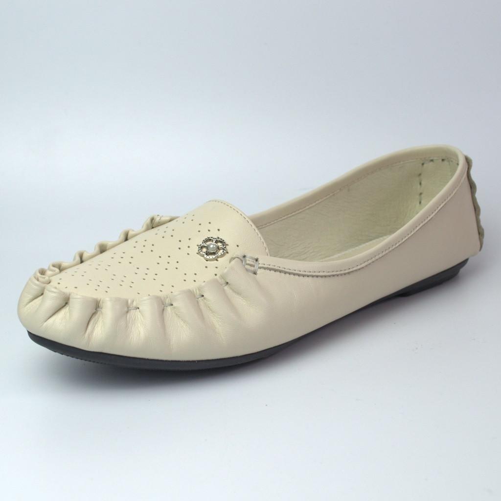 Мокасины бежевые кожаные летние женская обувь больших размеров Tesoruccio Beige BS by Rosso Avangard