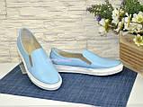 Туфли женские на утолщенной белой подошве из натуральной голубой кожи, фото 4