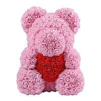 Мишка из  Роз розовый с красным сердцем в лапках 40 см. В подарочной коробке.