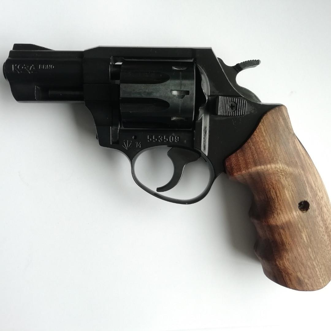 "Револьвер под патрон Флобера Kora Brno 2,5"" б/у"
