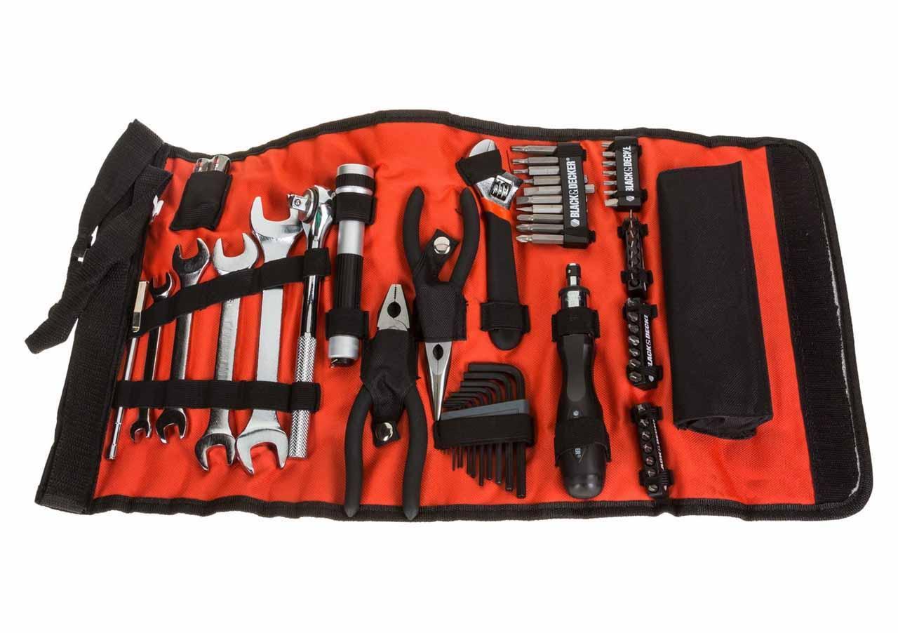 Набор инструментов 71 ед. для обслуживания транспортных средств в чехле - Black & Decker