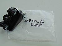 Rotweiss 7700312372E Ролик боковых дверей средний Trafic,Vivaro (с криплением)