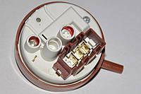 Реле уровня (прессостат) C00143740 для посудомоечных машин Indesit / Ariston