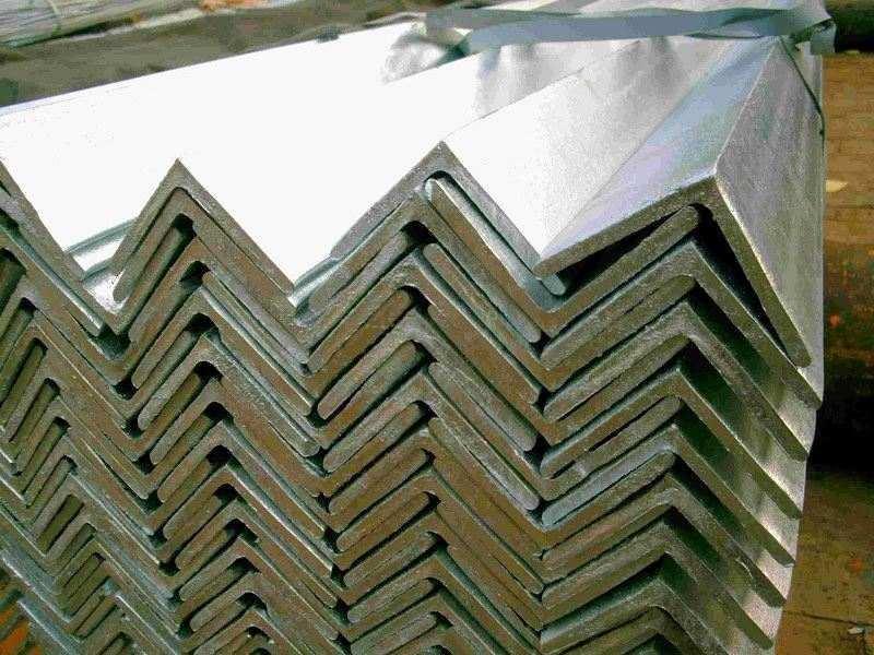 Уголок нержавеющий 20х20х3 мм AISI 304