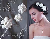 """""""Белые гардении"""" цветы на заколке ручной работы  из полимерной глины"""
