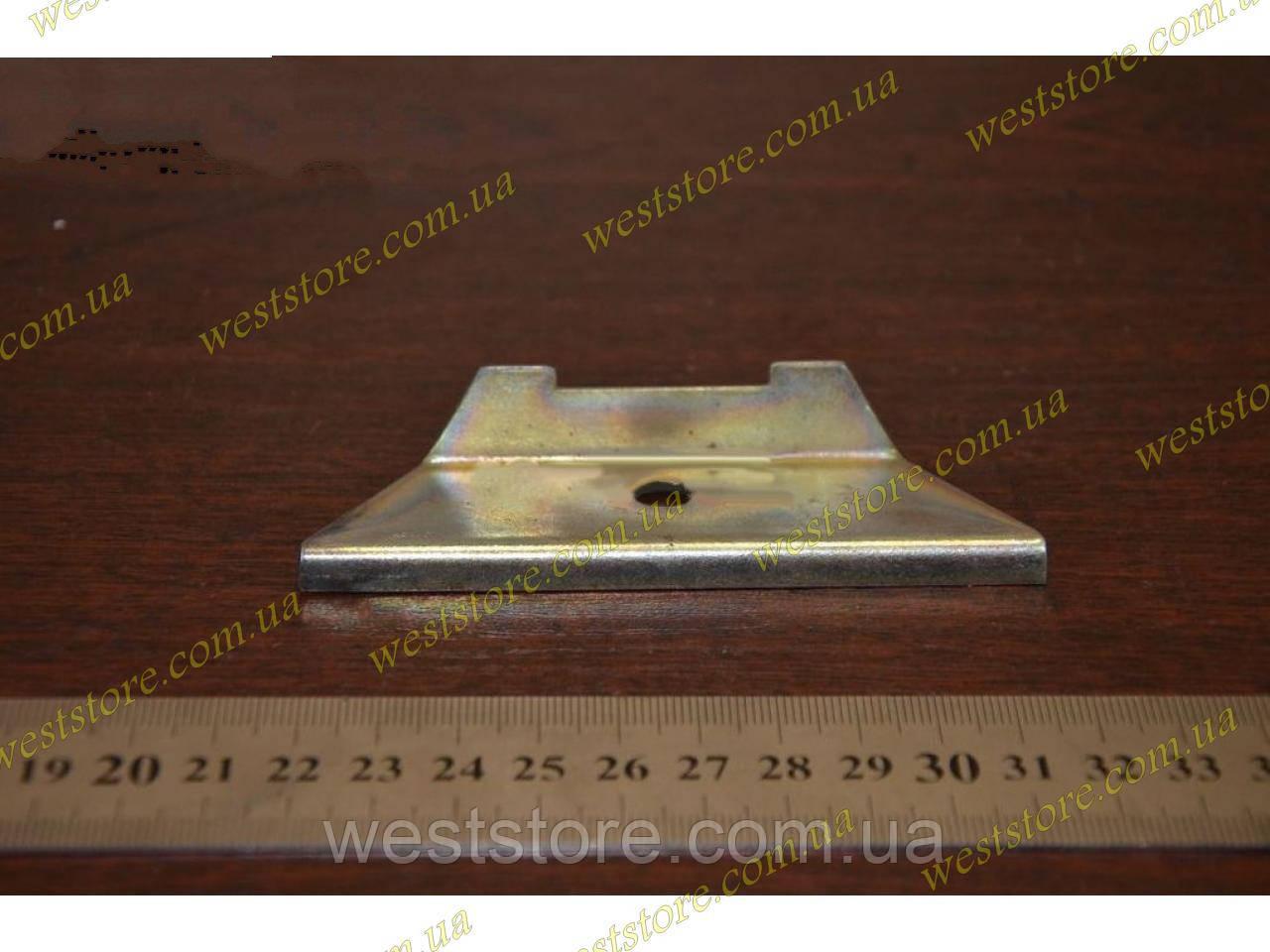 Кріплення акумулятора АКБ Ваз 2105 2107 (планка)