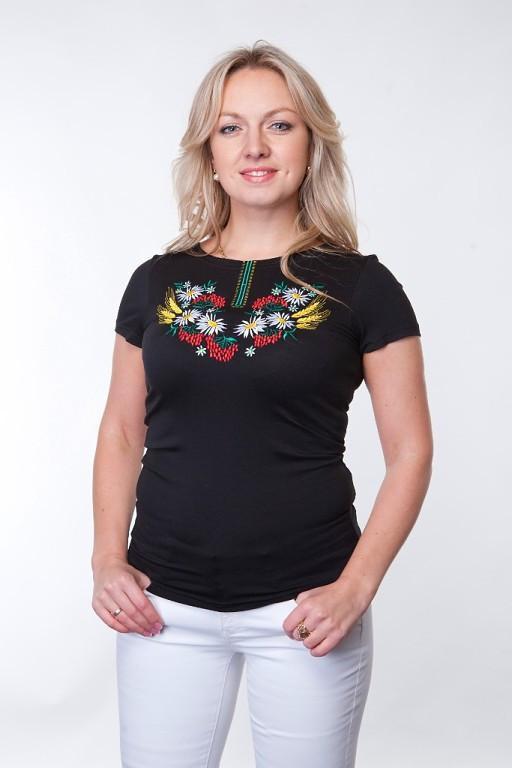 Женская футболка вышиванка черная