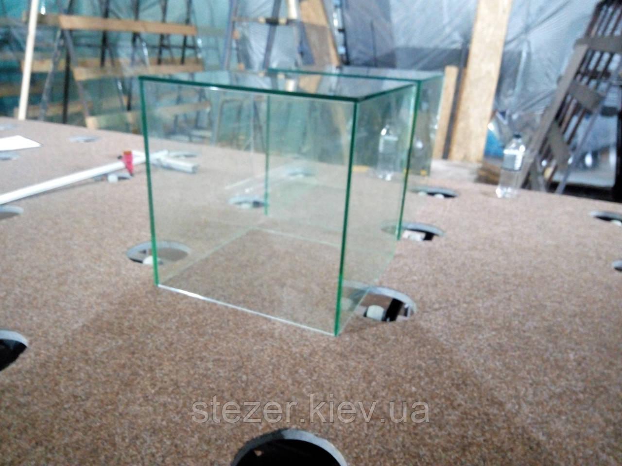 Прозрачное стекло 6 мм