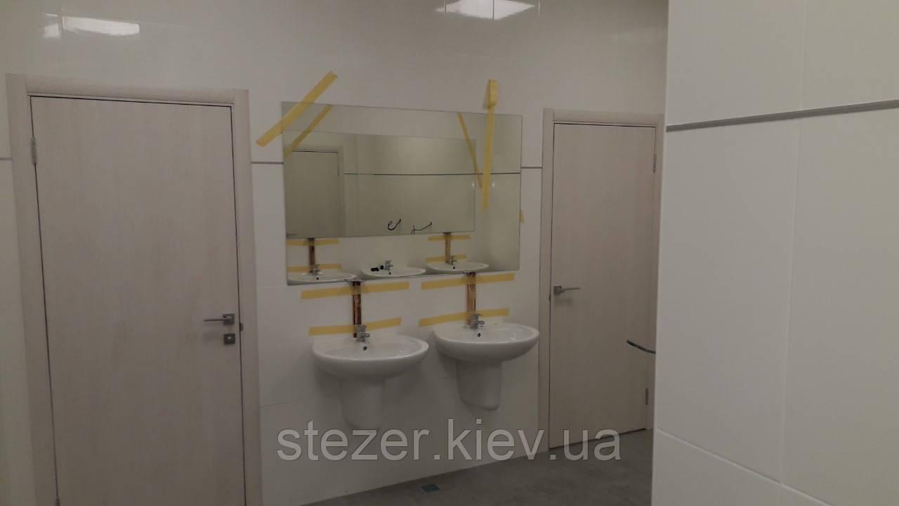 Зеркала на заказ для общественных помещений