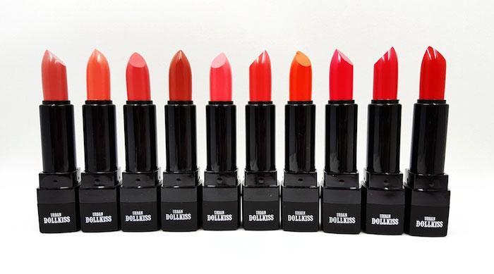 Увлажняющая  матовая помада 3,5 грамм Urban City kiss & tension lipstick(01)