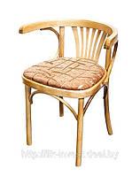Кресло деревянное, мягкое. Венское кресло