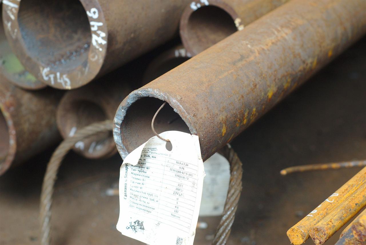 Труба бесшовная 89х7,3 мм 32Г2 ГОСТ 8732