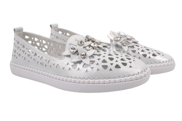 Туфлі-балетки жіночі літні Oeego натуральний сатин, колір срібло