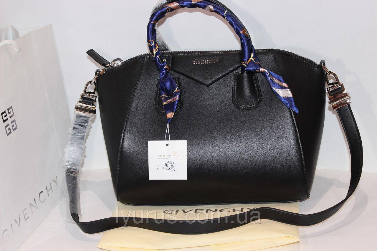 Сумка женская  Givenchy черного цвета