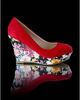 Туфли с цветочной танкеткой, фото 1