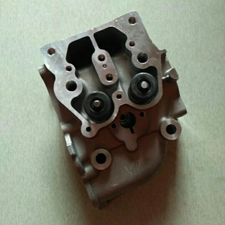 Головка двигателя в сборе три болта 186F