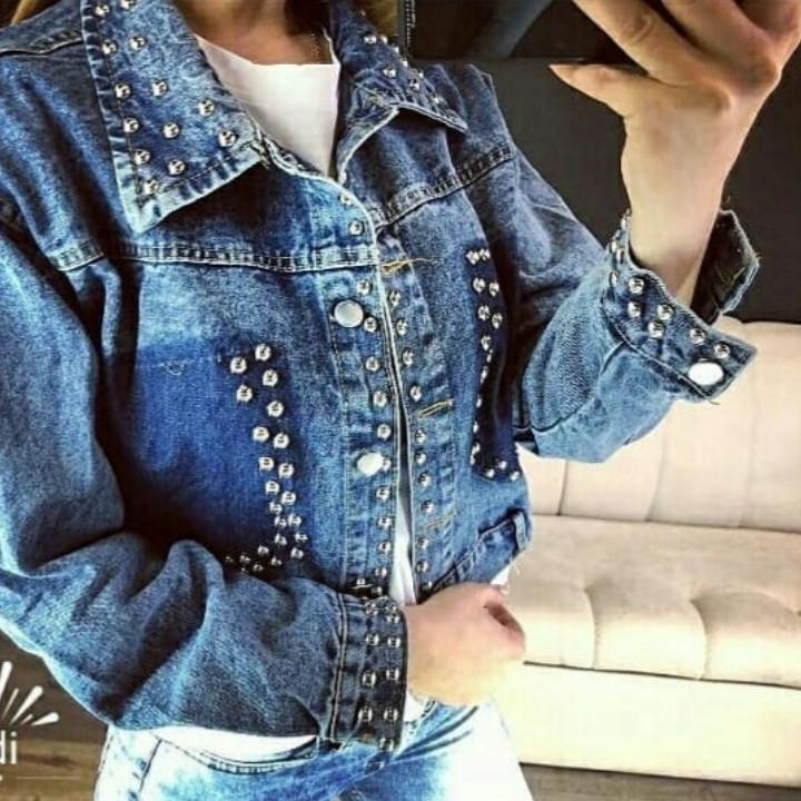 джинсовые куртки со стразами заклепками фото куда без снежинок