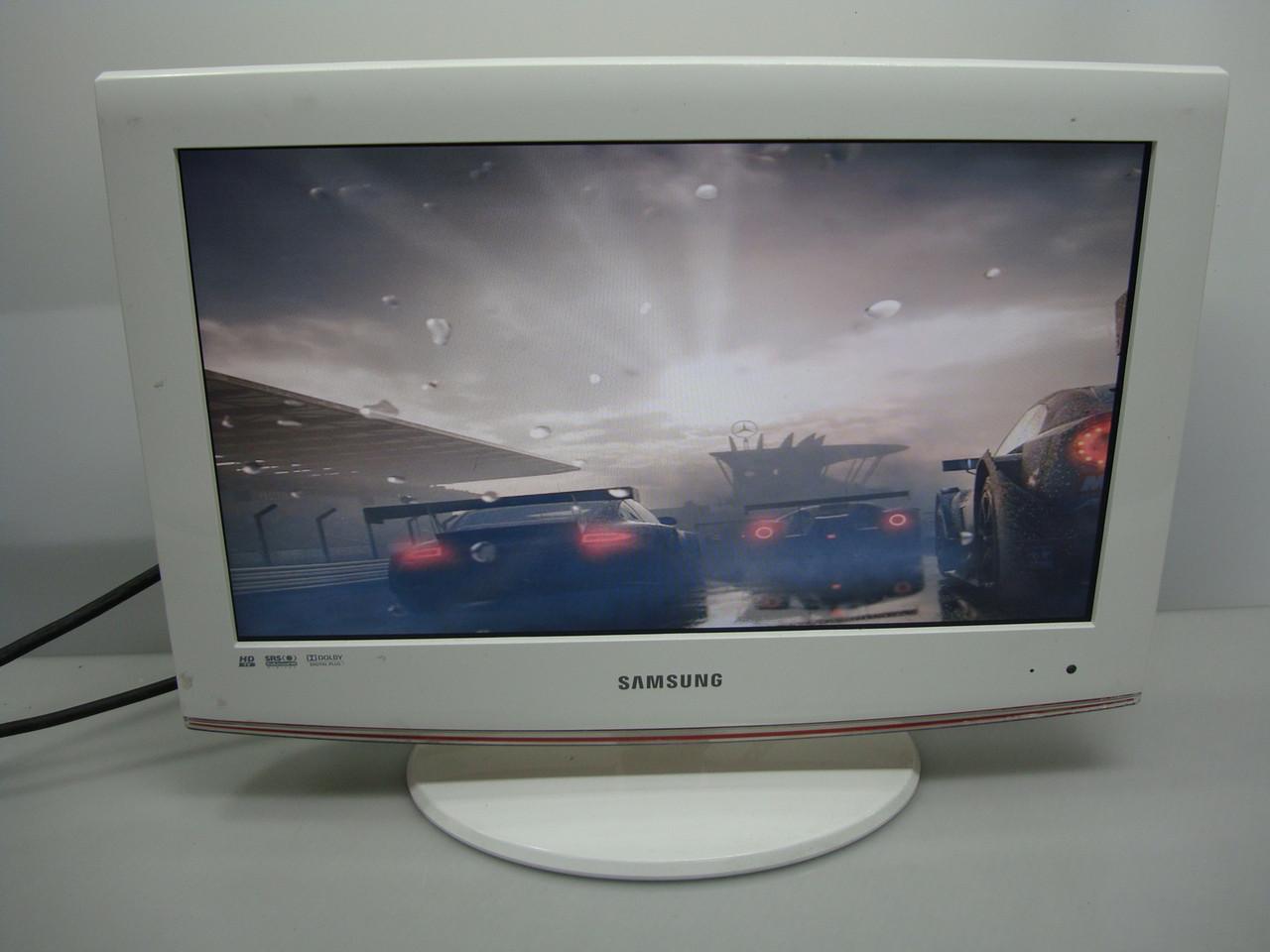 """Маленький компактный Жк телевизор Samsung LE19B451C4W 19"""" Белый красивый"""