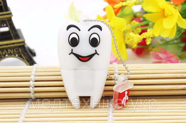 USB флешка Зуб на 32гб