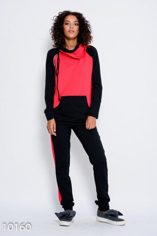 Красно-черный спортивный костюм из трикотажа с хомутом и диагональной молнией