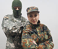 Военные  камуфлированные костюмы