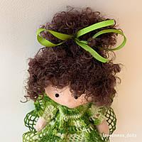"""Интерьерная кукла """"Кудряшка в ажурном зеленом платье"""""""