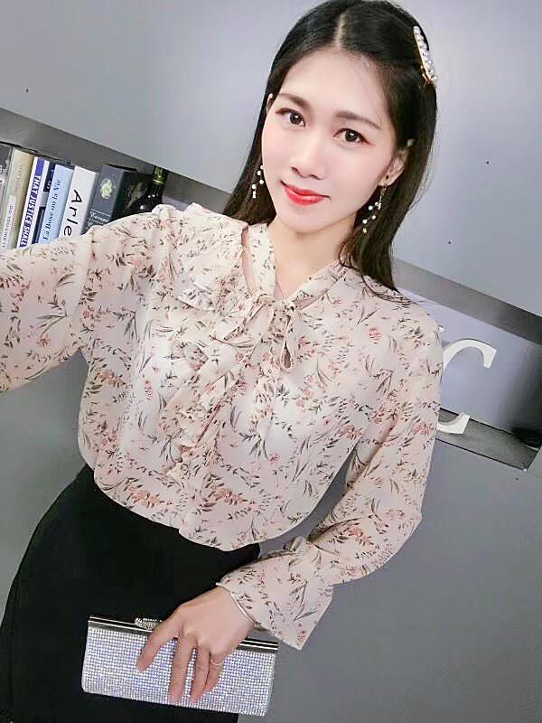 Ніжна тонка блуза Китай 46-48