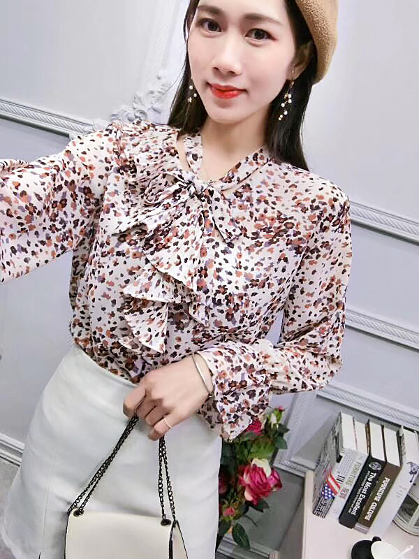 Красивая блузка шифон