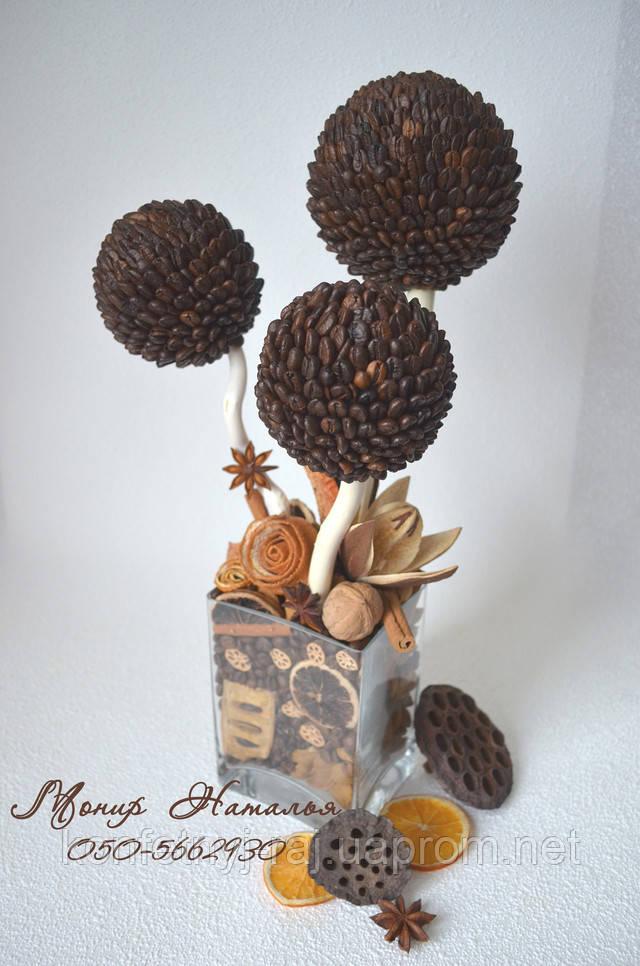Дерево з кави і сухоцвітів
