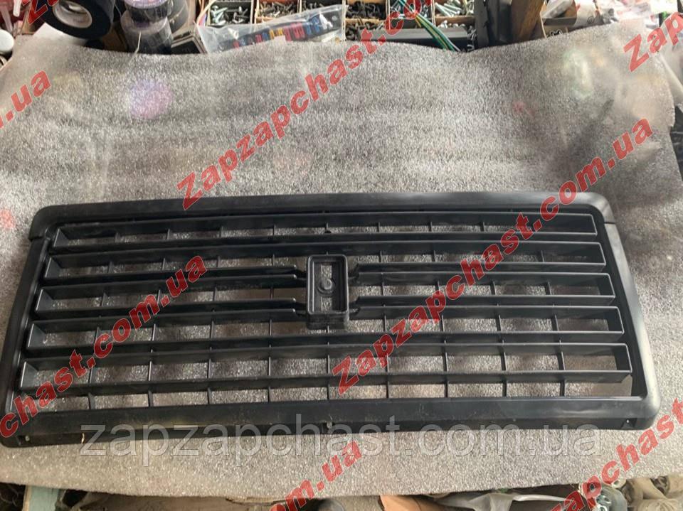 Решетка радиатора ваз 2107 черная (2107-8401014)