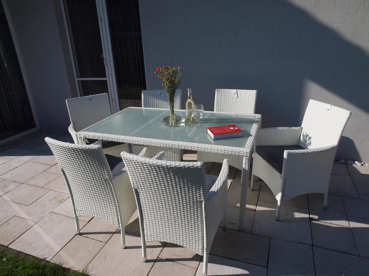 Стол и кресла из ротанга 150 см. белый