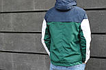 Мужская демисезонная куртка с капюшоном синяя с зеленым. Фото в живую, фото 2
