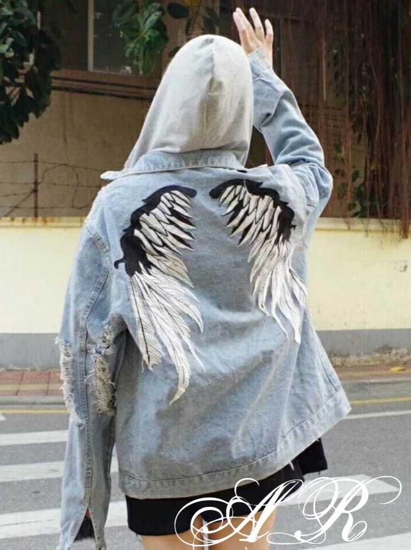 """Модная и стильная джинсовка """"Ангел"""".Капюшон съёмный!!! Размер 44-48"""