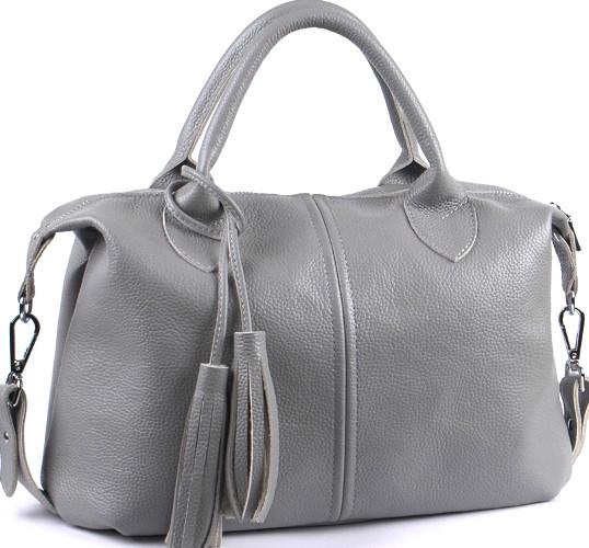Вместительная женская сумка из мягкой натуральной кожи серого цвета