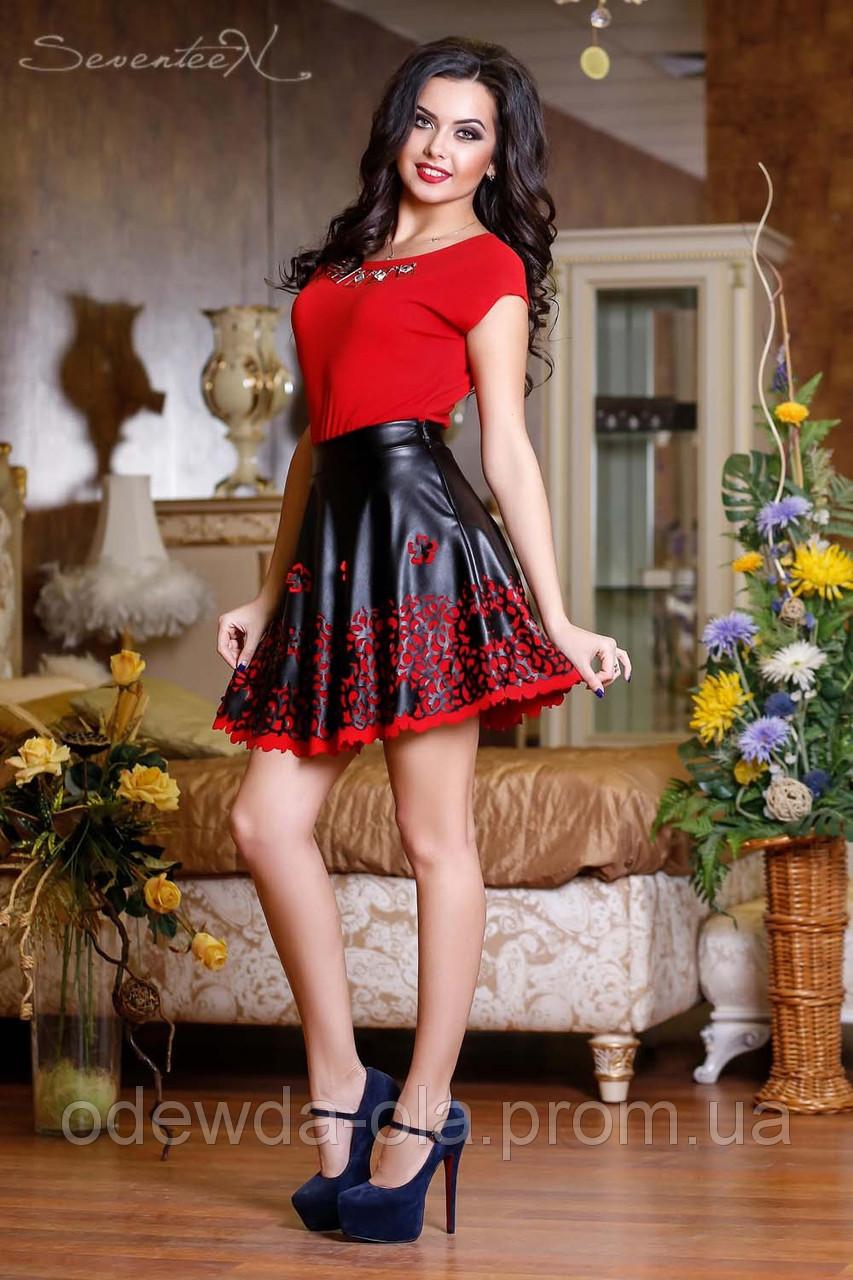 Черная кожаная  юбка с перфорированным низом в виде кружева , фото 1