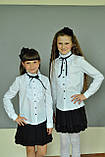 Школьная нарядная блузка с рюшами и чёрной лентой, фото 3