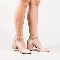 Женские туфли кожаные с ремешком на маленьком обтяжном каблуке 6 см. Натуральная кожа со змеиным принтом.