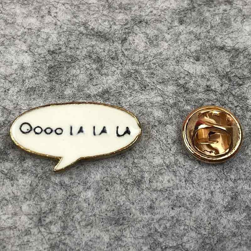 Значок металл Пин  Музыка Oooo La la La  (Размер М - 2,5 х 1)