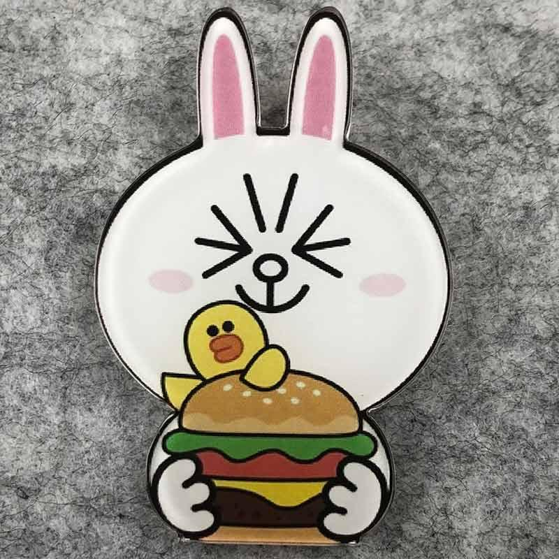 Значок пластик Пин Заяц с бургером