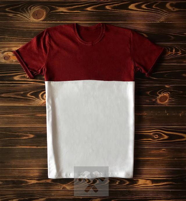 Красно белая футболка фото