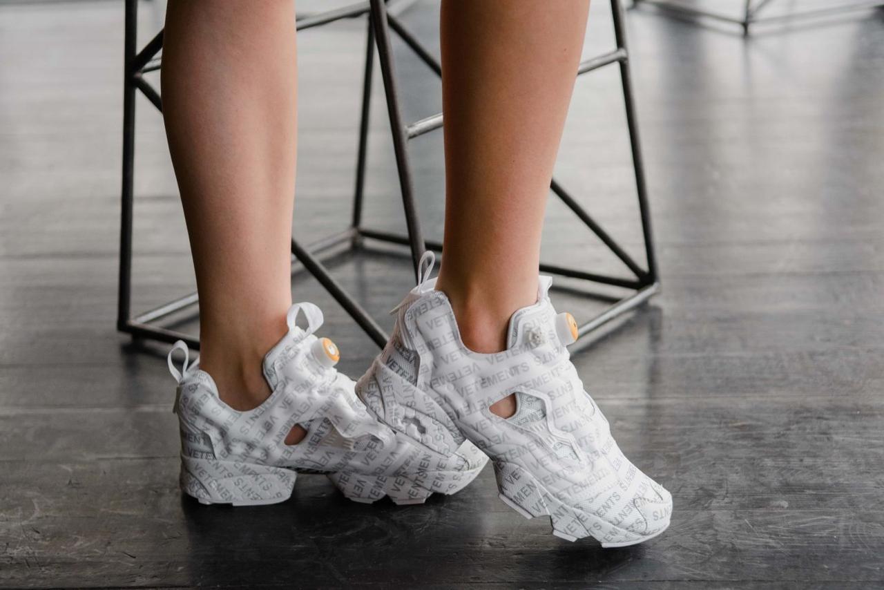 Женские кроссовки Reebok Insta Pump Vetements Emoji White (Реплика ААА+)