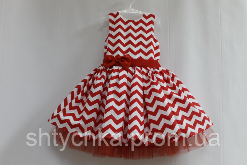 """Нарядное платье в стиле """"СТИЛЯГИ"""" зиг - заг красно - белый с красным фатином"""