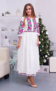 Стильна жіноча вишита сукня хрестиком із квітковим орнаментом «Ніно»