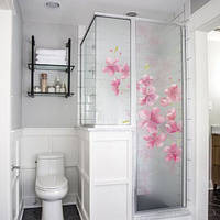 Самоклеющаяся пленка на стекло с рисунком Розовые цветы (наклейки зеркало, окно, стекло, перегородка ванной)