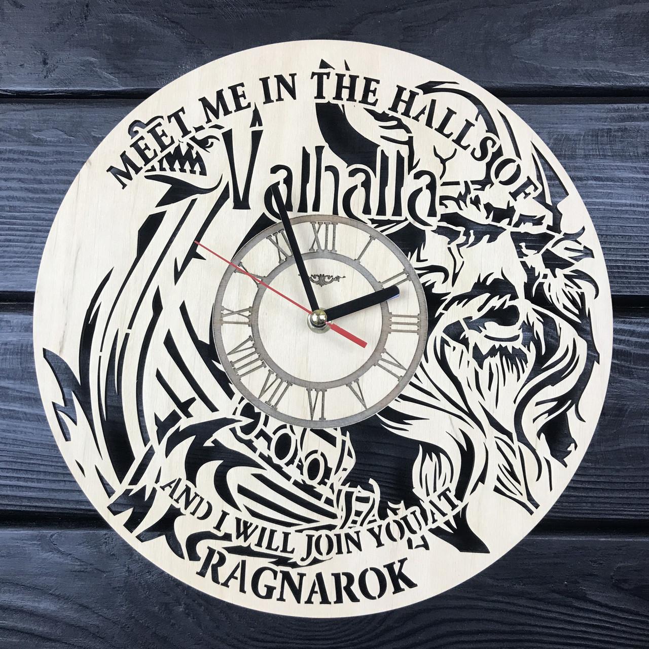 Тематические интерьерные настенные часы «Vikings»