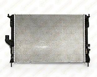 Радиатор охлаждения двигателя на Renault Logan I 2004->2012 1.5dCi+1.4+1.6 — Thermotec - D7R040TT