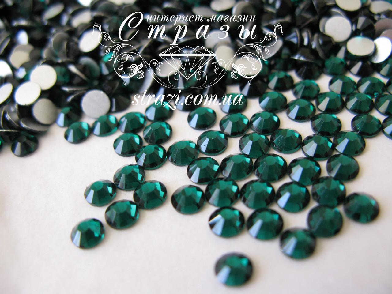Стразы ss20 Emerald, 1440шт, (4,6-4,8мм)