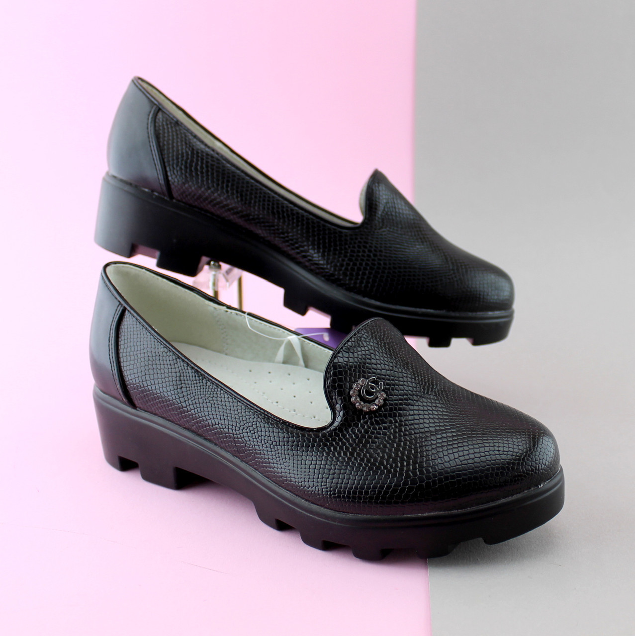 Подростковые черные туфли на тракторной подошве на девочку тм Том.м р. 32,36