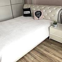 Плед покрывало из микрофибры 200х230 см белого цвета на кровать, диван