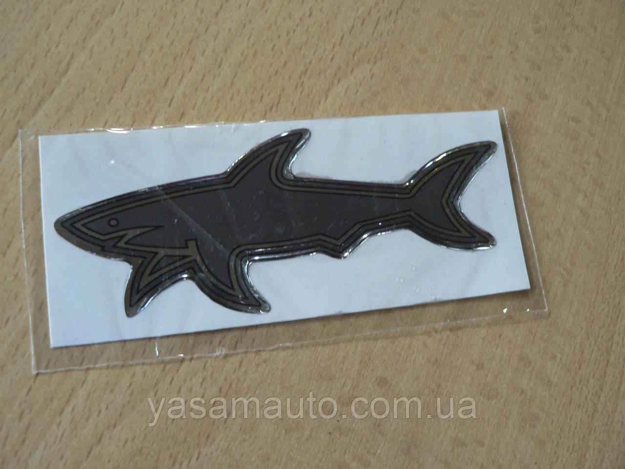 Наклейка s силіконова Акула добра 100х39х1,1 сіра №1 ніс вліво на авто